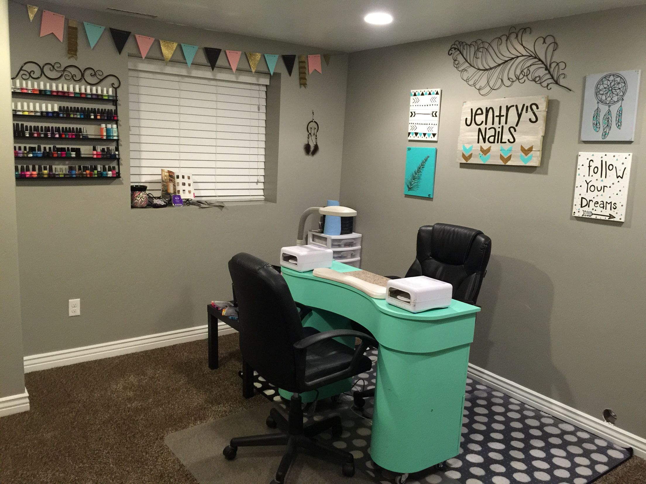nail salon home